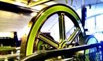 Schwungrad einer der Dampfmaschinen der Towerbrige