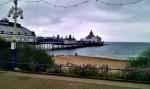 Pier von Eastbourne mit Meer im Hintergrund