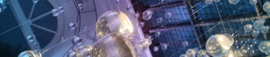 Glühbirnen mit Wasser gefüllt